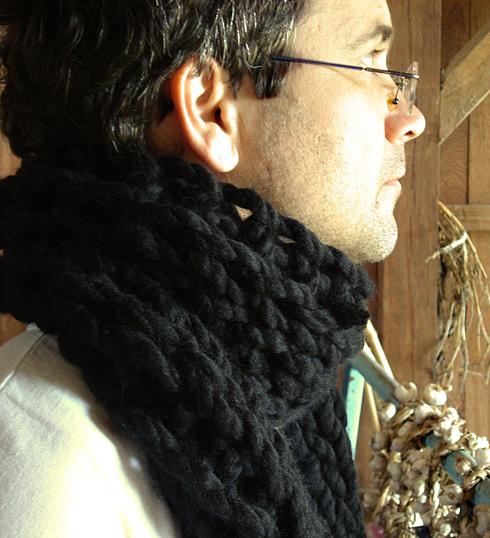 cachecol de lã preto