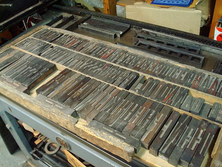 Tipos de madeira na TYPIQUE - uma tipografia em Amsterdam